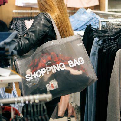 Wyjście do sklepu nie musi być nudne – torby bawełniane z nadrukiem