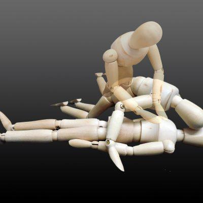 Czy odbycie szkolenia z pierwszej pomocy jest obowiązkowe?