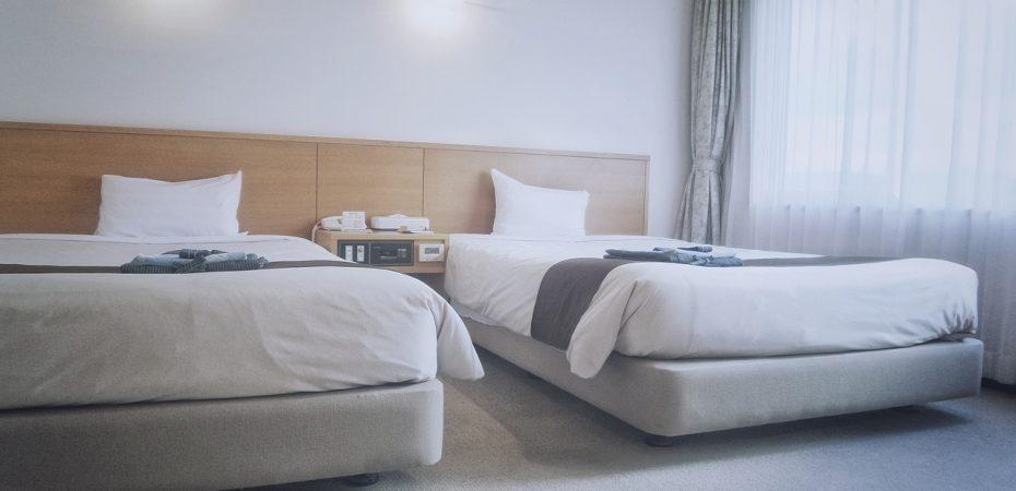 Sposoby na wykorzystanie podkładu na łóżko
